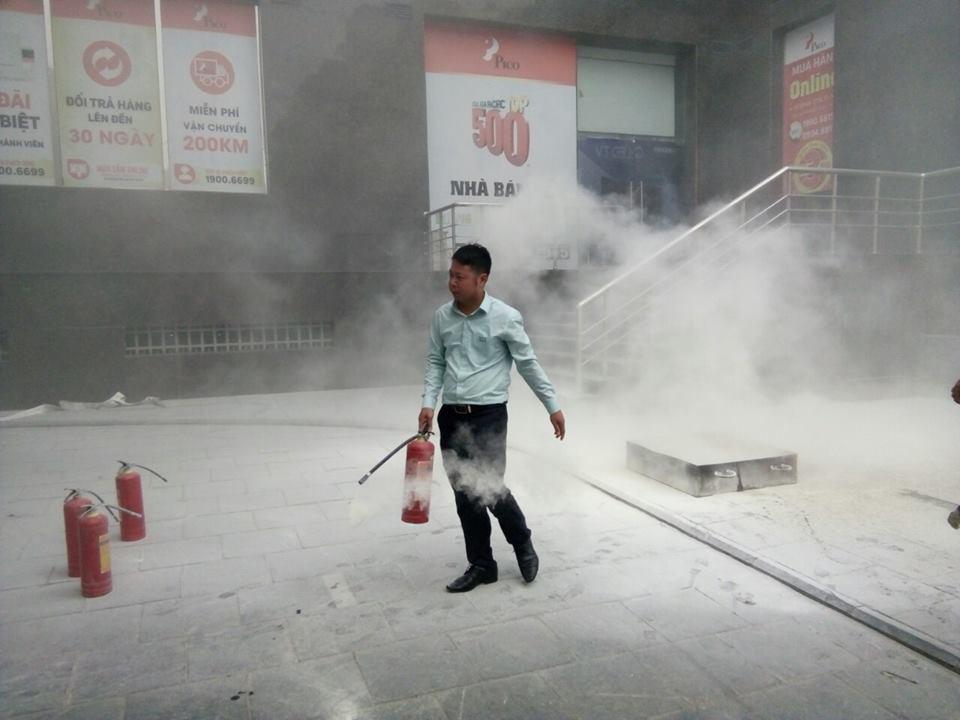 Dịch vụ vệ sinh công nghiệp công ty Hoàn Mỹ Clean