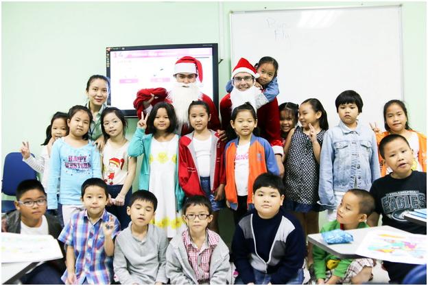 Công ty vệ sinh Hoàn Mỹ tổ chức chương trình Noel năm 2018 cho các cháu con cán bộ công nhân viên trong công ty