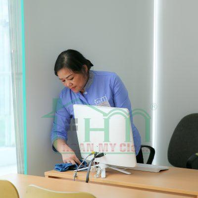 dịch vụ tạp vụ văn phòng